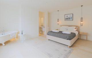 bedroom in apartment 4